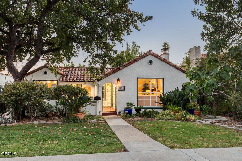 Photo of 1024 Olmsted Drive, Glendale, CA 91202 (MLS # P1-6735)