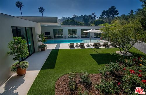 Tiny photo for 1012 N HILLCREST Road, Beverly Hills, CA 90210 (MLS # 19477736)