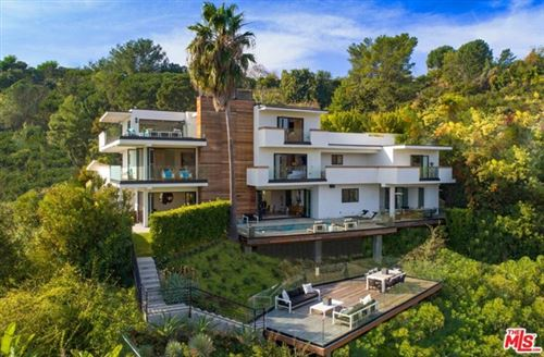 Photo of 2442 Banyan Drive, Los Angeles, CA 90049 (MLS # 21728736)