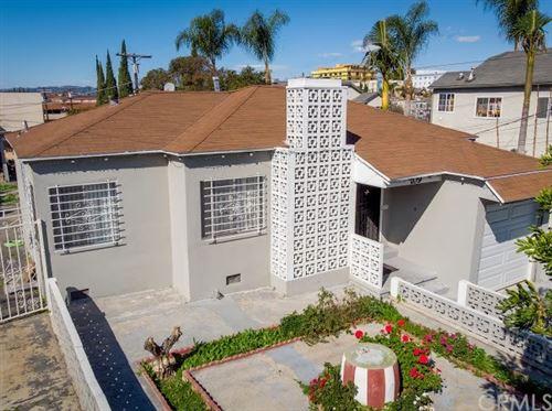 Photo of 109 N Westlake Avenue, Los Angeles, CA 90026 (MLS # CV21000736)