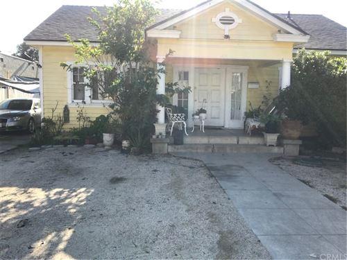 Photo of 806 N Lowell Street, Santa Ana, CA 92703 (MLS # PW21156736)