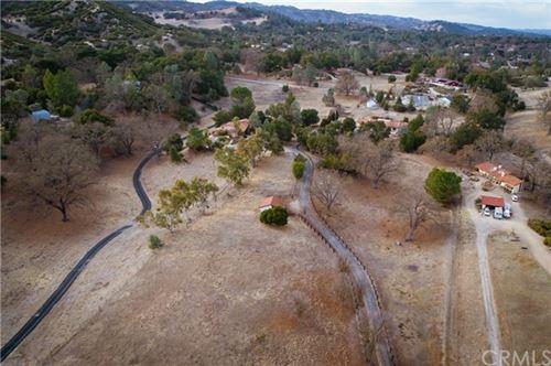 Photo of 9115 Santa Barbara Road, Atascadero, CA 93422 (MLS # SP21003736)