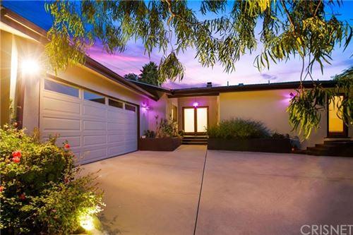 Photo of 3014 N Longdale Lane, Los Angeles, CA 90068 (MLS # SR20224736)