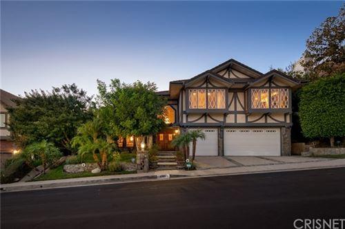 Photo of 5925 Nora Lynn Drive, Woodland Hills, CA 91367 (MLS # SR20240736)