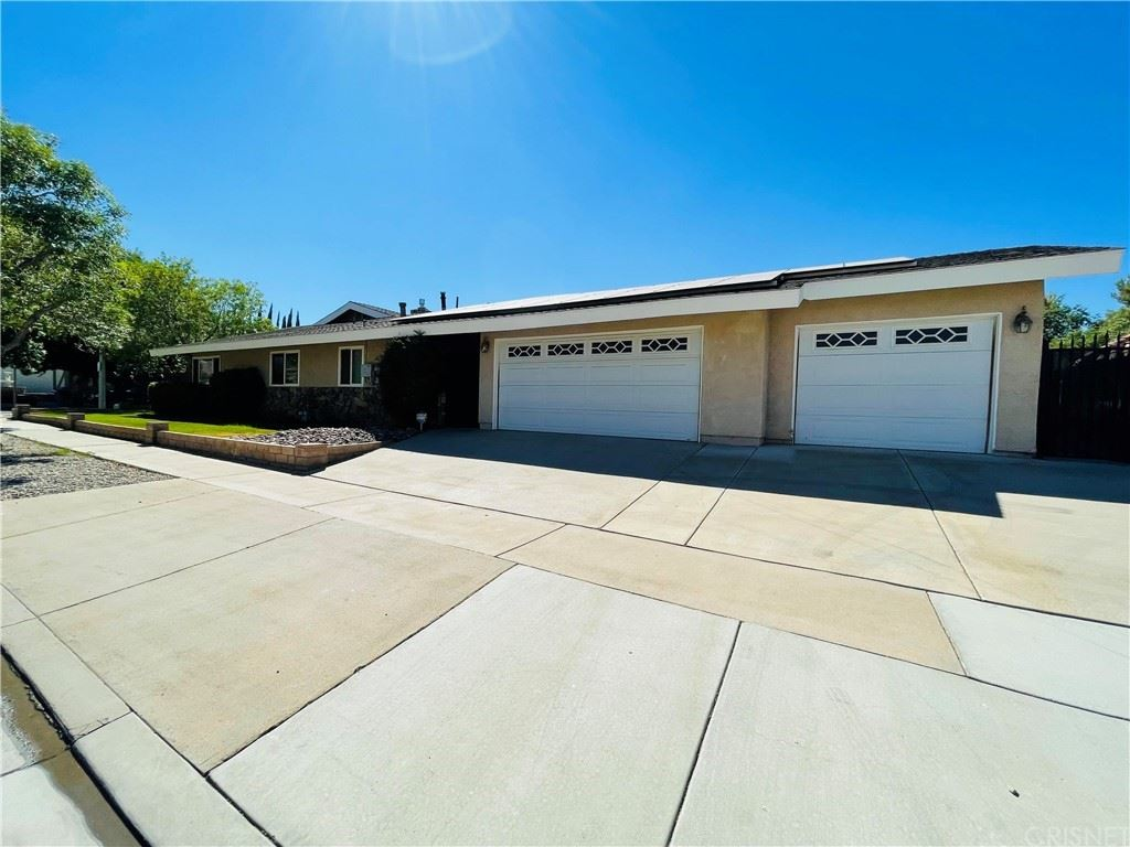 405 Fairway Drive, Palmdale, CA 93551 - MLS#: SR21146736