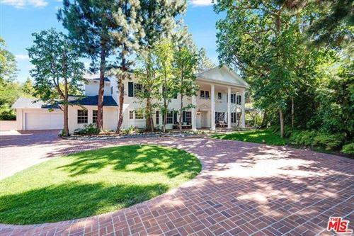 Photo of 11610 Bellagio Road, Los Angeles, CA 90049 (MLS # 20618738)