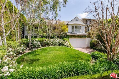 Photo of 1300 Comstock Avenue, Los Angeles, CA 90024 (MLS # 21741738)