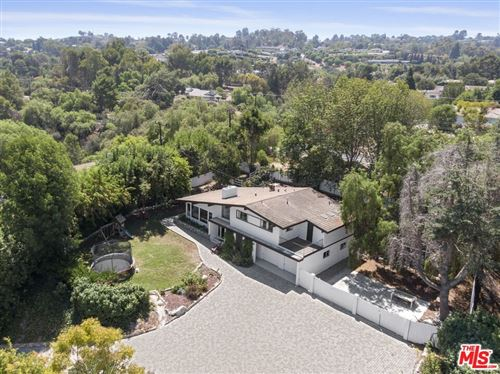 Photo of 1 Pony Lane, Rolling Hills Estates, CA 90274 (MLS # 21778738)
