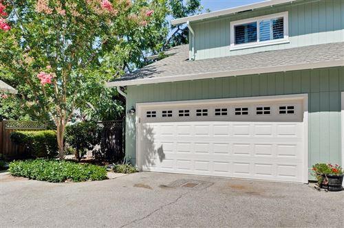 Photo of 950 Boranda Avenue #10, Mountain View, CA 94040 (MLS # ML81855738)