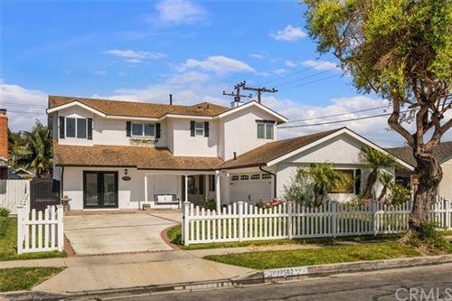 Photo of 17562 Collie Lane, Huntington Beach, CA 92647 (MLS # OC21089738)