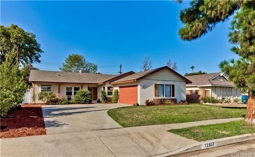 Photo of 15507 Marilla Street, North Hills, CA 91343 (MLS # SR21195738)