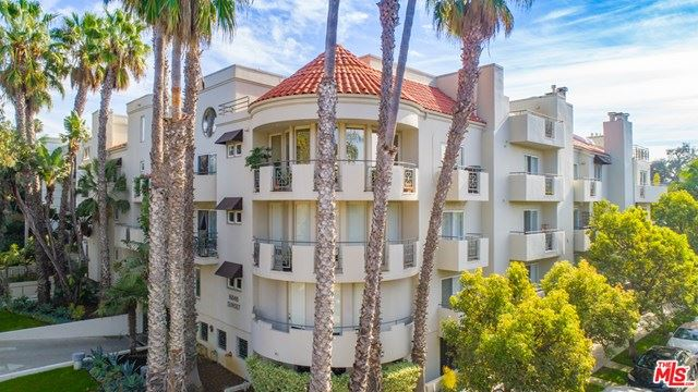 Photo of 16040 W Sunset Boulevard #303, Pacific Palisades, CA 90272 (MLS # 20662738)