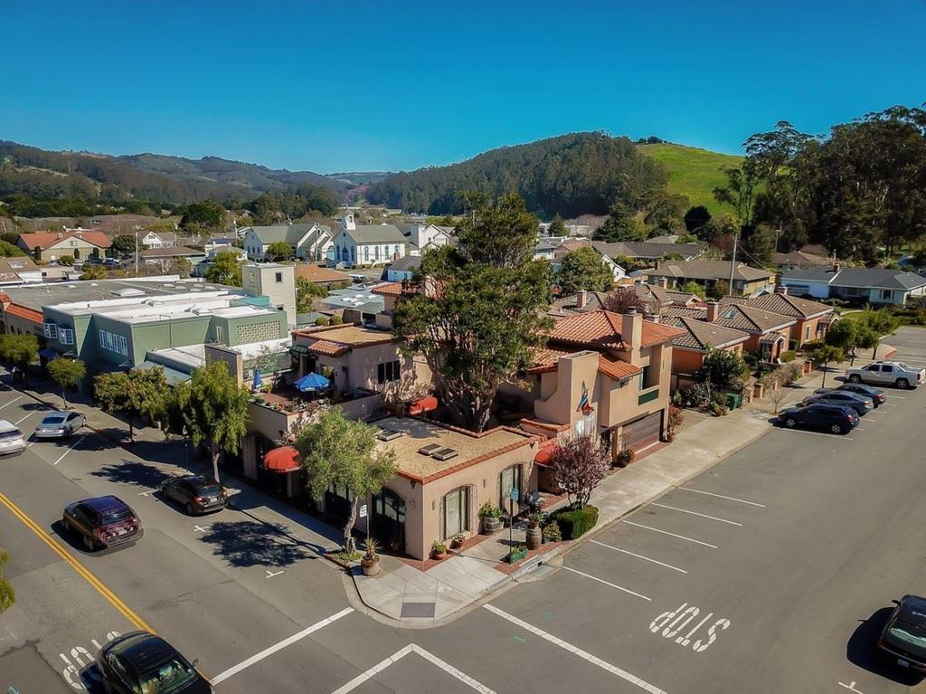 725 Correas Street, Half Moon Bay, CA 94019 - MLS#: ML81792739