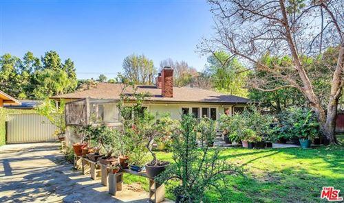 Photo of 3721 Woodcliff Road, Sherman Oaks, CA 91403 (MLS # 21679740)