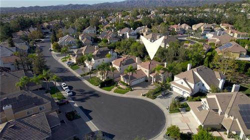 Photo of 27 Lakeridge, Rancho Santa Margarita, CA 92679 (MLS # OC21227740)