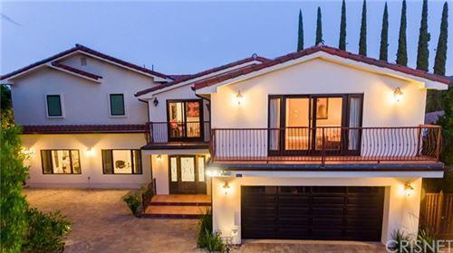 Photo of 19060 Tina Place, Tarzana, CA 91356 (MLS # SR20097740)