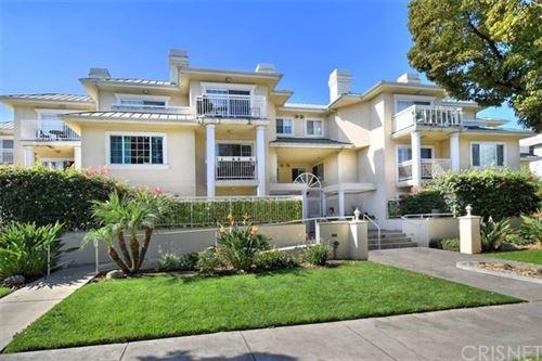 Photo of 530 W Stocker Street #303, Glendale, CA 91202 (MLS # SR20193741)