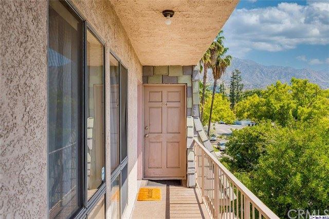 Photo of 617 E Angeleno Avenue, Burbank, CA 91501 (MLS # 320005741)