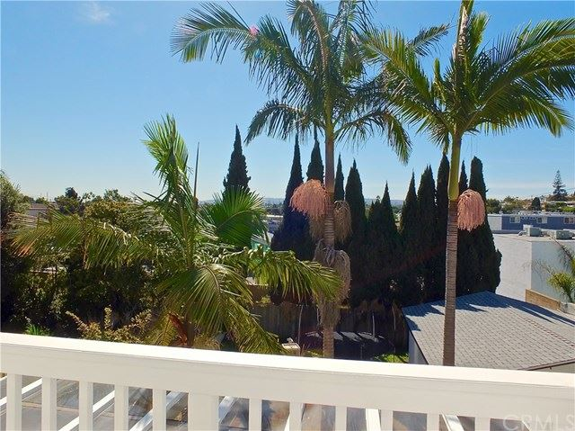 Photo of 1726 Mathews Avenue, Manhattan Beach, CA 90266 (MLS # PW20042741)