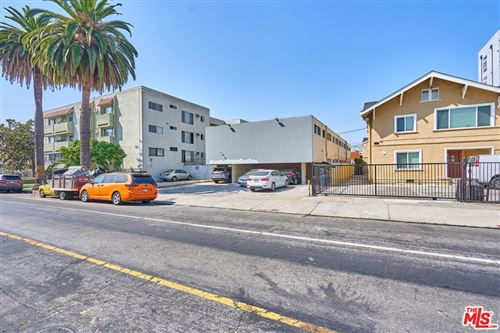 Photo of 175 S Oxford Avenue, Los Angeles, CA 90004 (MLS # 20642742)