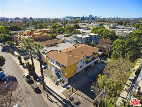 Photo of 561 N Sweetzer Avenue, West Hollywood, CA 90048 (MLS # 21685742)