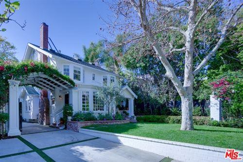 Photo of 1921 N Hobart Boulevard, Los Angeles, CA 90027 (MLS # 21710742)