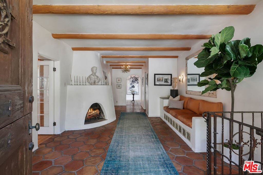 Photo of 1500 Seabright Place, Beverly Hills, CA 90210 (MLS # 21697742)