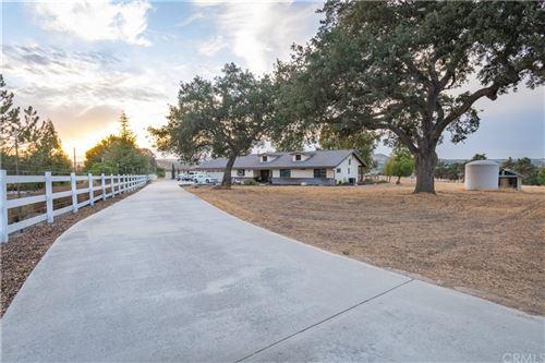 Photo of 935 Otero Lane, Paso Robles, CA 93446 (MLS # NS21227743)