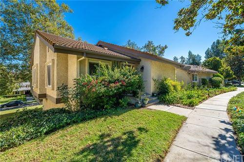 Photo of 38 Meadowlark Lane, Oak Park, CA 91377 (MLS # SR20235743)