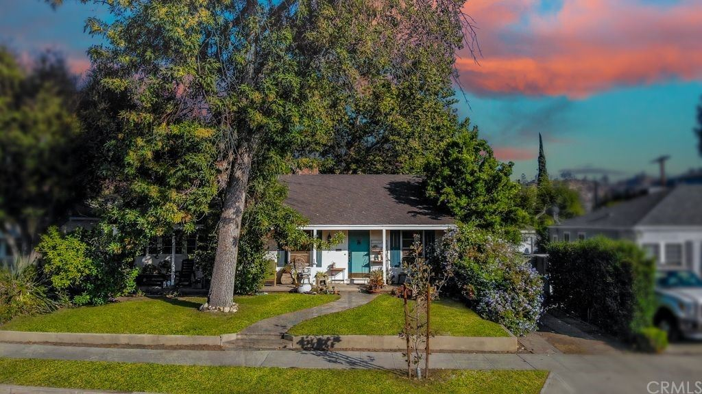 364 W Lutge Avenue, Burbank, CA 91506 - MLS#: DW21184743