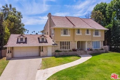 Photo of 619 N CANON Drive, Beverly Hills, CA 90210 (MLS # 19488744)
