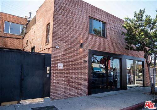 Photo of 914 N Fairfax Avenue #201, West Hollywood, CA 90046 (MLS # 21779744)
