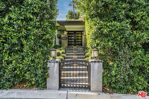 Photo of 3127 Chandelle Road, Los Angeles, CA 90046 (MLS # 21793744)