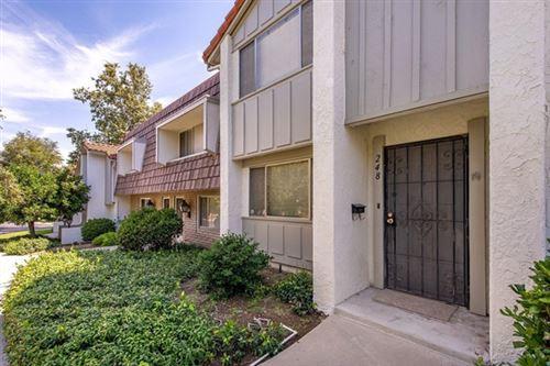 Photo of 248 Green Lea Place, Thousand Oaks, CA 91361 (MLS # 220006744)
