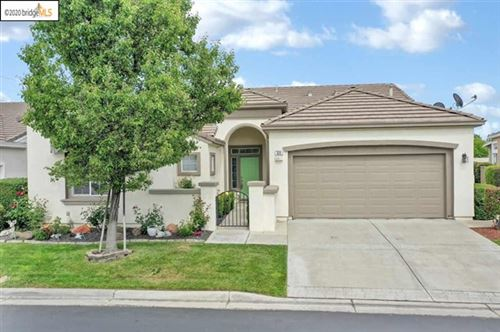 Photo of 322 Gladstone Dr, Brentwood, CA 94513 (MLS # 40903744)