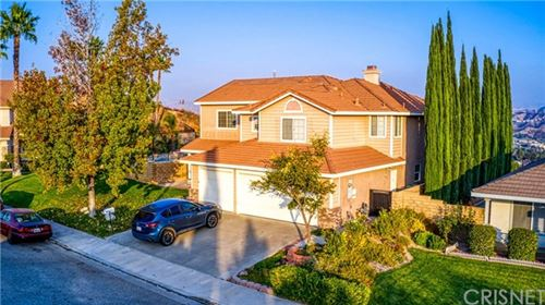 Photo of 27570 Catala Avenue, Saugus, CA 91350 (MLS # SR20224744)