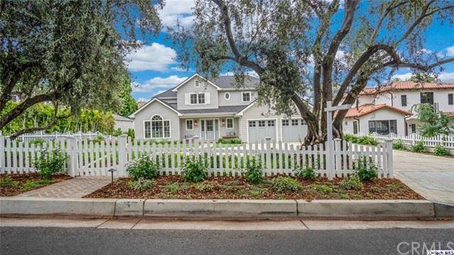 Photo of 4824 Commonwealth Avenue, La Canada Flintridge, CA 91011 (MLS # 320005744)