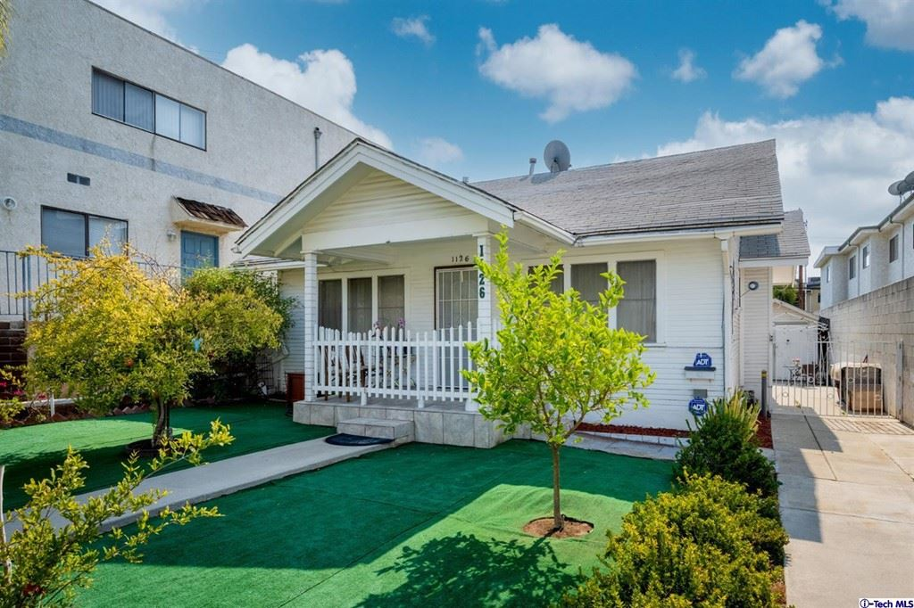 Photo of 1126 Linden Avenue, Glendale, CA 91201 (MLS # 320007744)