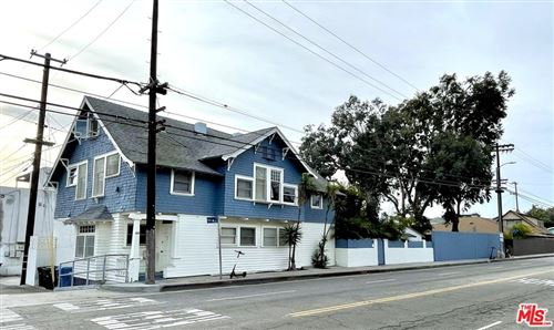 Photo of 807 Pacific Avenue, Venice, CA 90291 (MLS # 21693746)
