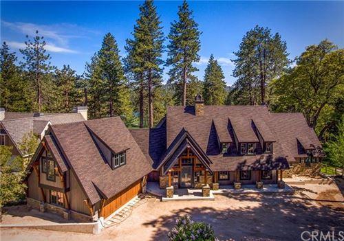 Photo of 723 Brentwood Drive, Lake Arrowhead, CA 92352 (MLS # EV20095746)