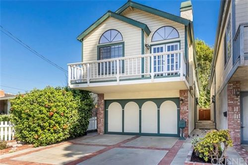 Photo of 2206 Prospect Avenue, Hermosa Beach, CA 90254 (MLS # SR20238746)