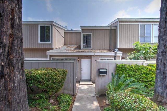 2700 W Segerstrom Avenue #B, Santa Ana, CA 92704 - MLS#: OC21099746