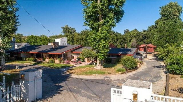Photo for 24824 Quigley Canyon Road, Newhall, CA 91321 (MLS # SR20017747)