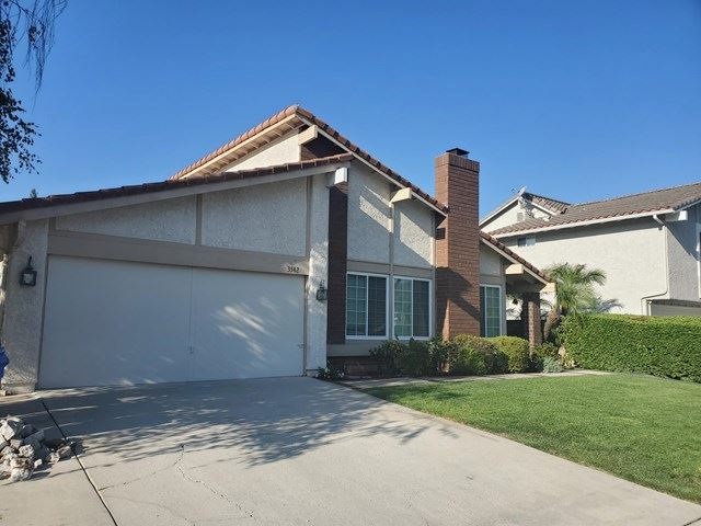 Photo of 3342 Blue Ridge Court, Westlake Village, CA 91362 (MLS # V1-1747)