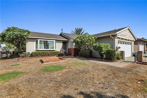 Photo of 1103 E Oakmont Avenue, Orange, CA 92867 (MLS # OC20205748)