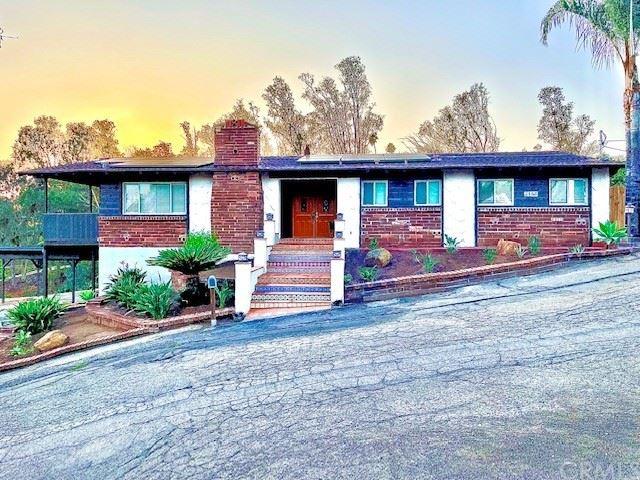 2135 Sunset Drive, Escondido, CA 92025 - MLS#: OC21198748