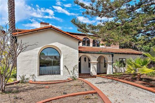 Photo of 400 Los Robles, Laguna Beach, CA 92651 (MLS # LG21059749)