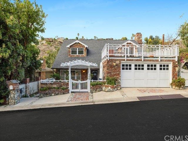 994 Bluebird Canyon Drive, Laguna Beach, CA 92651 - MLS#: LG21006749