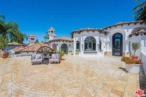 Photo of 1090 Vista Ridge Lane, Westlake Village, CA 91362 (MLS # 20618750)