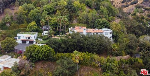 Photo of 10048 Cielo Drive, Beverly Hills, CA 90210 (MLS # 21773750)